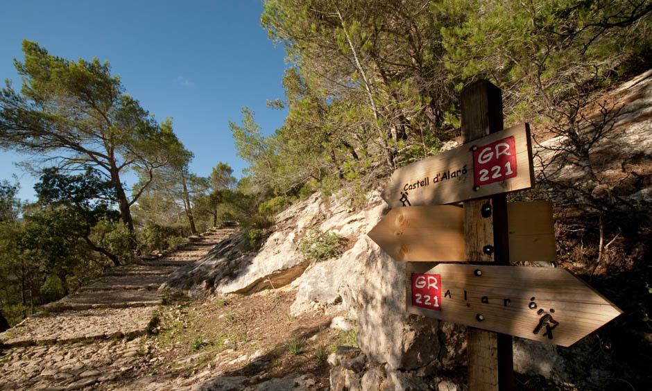 EN Pabisa Hotel November Hiking Mallorca