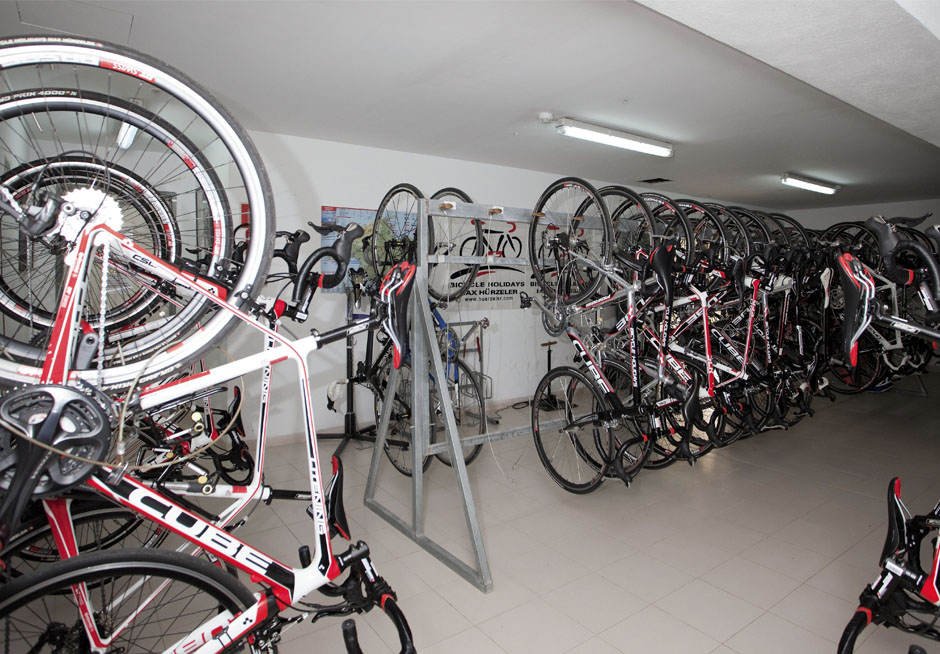 EN Pabisa Hotel Mallorca Cycling island