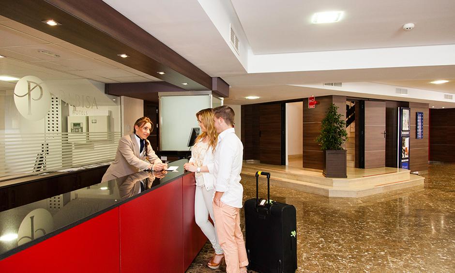 Rezeption Pabisa Hotels Arbeiten